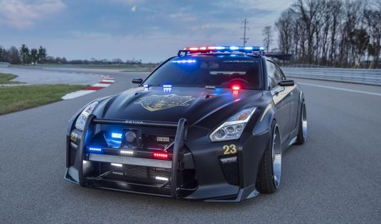 Nissan police car.png